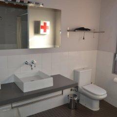 Отель Can Fruitós Бесалу ванная