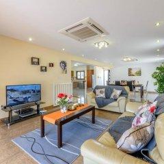 Отель Fig Tree Bay Villa 6 Кипр, Протарас - отзывы, цены и фото номеров - забронировать отель Fig Tree Bay Villa 6 онлайн интерьер отеля