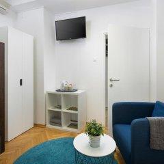 Hostel Bureau Номер Делюкс с 2 отдельными кроватями фото 3
