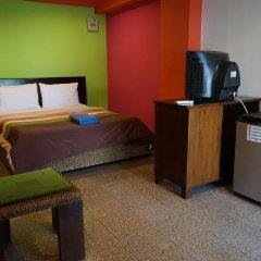 Отель Banglumpoo Place 3* Номер Делюкс с различными типами кроватей фото 7