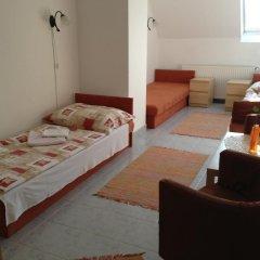 Hotel Timon 3* Стандартный номер с 2 отдельными кроватями (общая ванная комната) фото 2