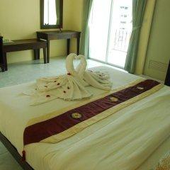 Отель Patong Palm Guesthouse Номер Делюкс разные типы кроватей фото 2