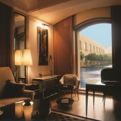 Отель Trident, Gurgaon 5* Представительский люкс с различными типами кроватей фото 4