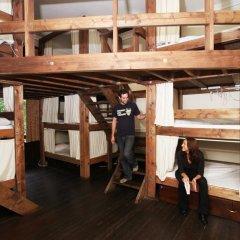 Отель Palmers Lodge Swiss Cottage Кровать в общем номере фото 11