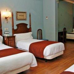 Отель Hostal Victoria II Испания, Мадрид - отзывы, цены и фото номеров - забронировать отель Hostal Victoria II онлайн сейф в номере