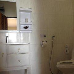 Отель Baan Rim Lay Ланта ванная фото 2