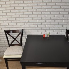 Гостиница Avangard Apartments on Fabrichnaya в Тюмени отзывы, цены и фото номеров - забронировать гостиницу Avangard Apartments on Fabrichnaya онлайн Тюмень удобства в номере фото 2