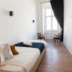 Отель Lisbon Check-In Guesthouse 3* Улучшенный номер с различными типами кроватей фото 4