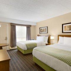 Отель Colonial Square Inn & Suites 2* Стандартный номер 2 отдельные кровати фото 7