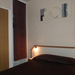 Отель Hôtel du Maine 2* Стандартный номер с различными типами кроватей фото 5