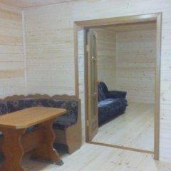 Гостиница «Дубрава» Коттедж с различными типами кроватей фото 8