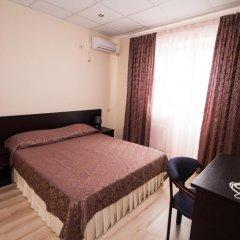 Гостиница Робинзон 2* Стандартный семейный номер с двуспальной кроватью фото 2
