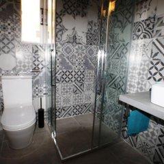 Отель Summer Dream Penthouse Албания, Саранда - отзывы, цены и фото номеров - забронировать отель Summer Dream Penthouse онлайн ванная