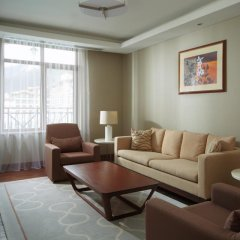 Гостиница Сочи Марриотт Красная Поляна комната для гостей фото 8
