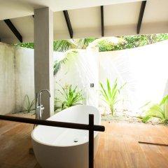 Отель Kihaad Maldives 5* Люкс с различными типами кроватей фото 13