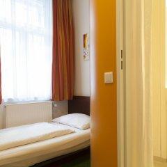 Отель Pension Stadthalle 2* Стандартный номер с различными типами кроватей фото 4