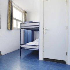 Hans Brinker Hostel Amsterdam Стандартный номер с различными типами кроватей