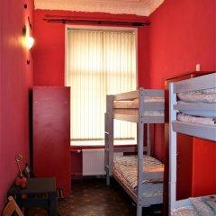 Late Breakfast Club Hotel 2* Кровать в общем номере фото 5