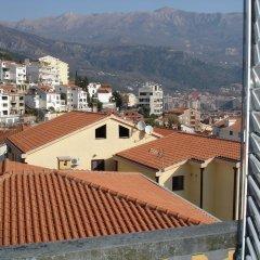 Отель Bjelica Apartments Черногория, Будва - отзывы, цены и фото номеров - забронировать отель Bjelica Apartments онлайн балкон