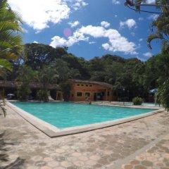 Hotel Villa de Ada Грасьяс бассейн