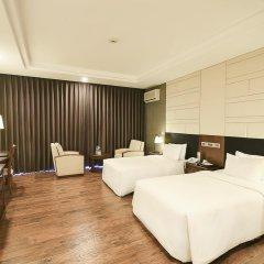 Saigon Halong Hotel 4* Номер Делюкс с 2 отдельными кроватями фото 5