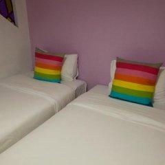 Отель 63 Bangkok Boutique Bed & Breakfast 2* Стандартный номер с двуспальной кроватью фото 5