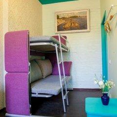 Мини-отель Pro100Piter Стандартный семейный номер с разными типами кроватей (общая ванная комната) фото 4