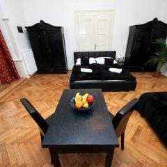 Апартаменты Josefov Apartments Прага комната для гостей фото 5