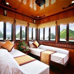 Отель Halong Golden Lotus Cruise комната для гостей