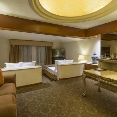 Отель Quinta Real Guadalajara 4* Люкс повышенной комфортности с различными типами кроватей фото 2