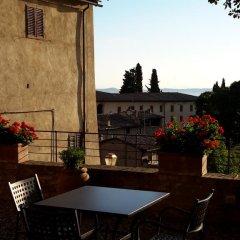 Отель Casa Torre Margherita Италия, Сан-Джиминьяно - отзывы, цены и фото номеров - забронировать отель Casa Torre Margherita онлайн бассейн