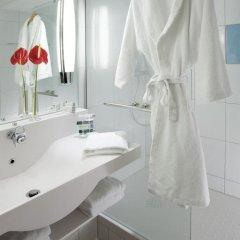Отель Novotel Zurich City West 4* Представительский номер с различными типами кроватей фото 5