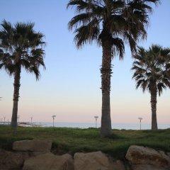 Отель Fig Tree Bay Apartments Кипр, Протарас - отзывы, цены и фото номеров - забронировать отель Fig Tree Bay Apartments онлайн пляж фото 2