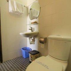 Cuong Long Hotel 2* Стандартный номер с двуспальной кроватью фото 7