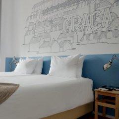 Отель Lisbon Check-In Guesthouse 3* Стандартный номер с двуспальной кроватью (общая ванная комната) фото 2