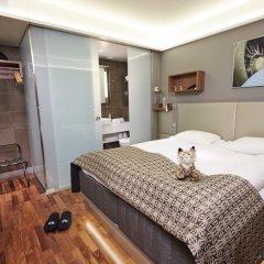 Glo Hotel Airport 3* Номер Glo comfort с различными типами кроватей фото 3