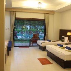 Отель Golden Bay Cottage 3* Бунгало Делюкс с различными типами кроватей фото 28