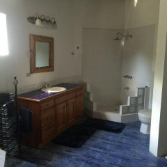 Отель Blue Sky Villa ванная