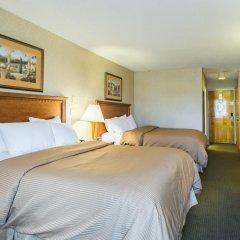 Отель Clarion Inn and Summit Center 2* Стандартный номер с различными типами кроватей фото 4