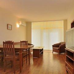 Апартаменты Apartments in Semiramida Gardens комната для гостей фото 5