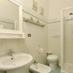 Отель Emy Guest House Флоренция ванная