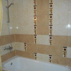 Отель TES Flora Apartments Болгария, Боровец - отзывы, цены и фото номеров - забронировать отель TES Flora Apartments онлайн ванная фото 2
