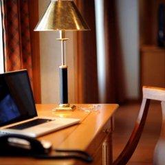 Отель Crowne Plaza Abu Dhabi удобства в номере фото 2