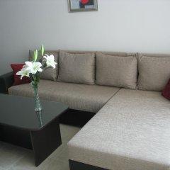 Апартаменты Yanis Apartment In Hermes Complex Солнечный берег комната для гостей фото 5