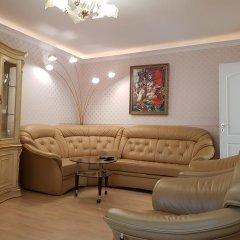 Апартаменты Naiza Guesthouse and Apartments комната для гостей