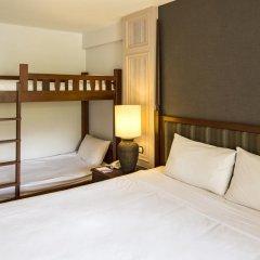 Отель Phuket Orchid Resort and Spa 4* Стандартный семейный номер с разными типами кроватей фото 13