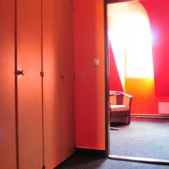 Hostel Alia Стандартный номер с двуспальной кроватью фото 3