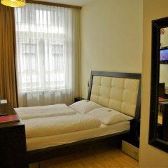 Отель Pension a und a комната для гостей фото 3