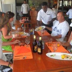Отель White Villa Resort Aungalla питание фото 3