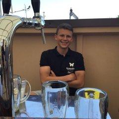 Гостиница Holin Holl Украина, Бердянск - отзывы, цены и фото номеров - забронировать гостиницу Holin Holl онлайн ванная